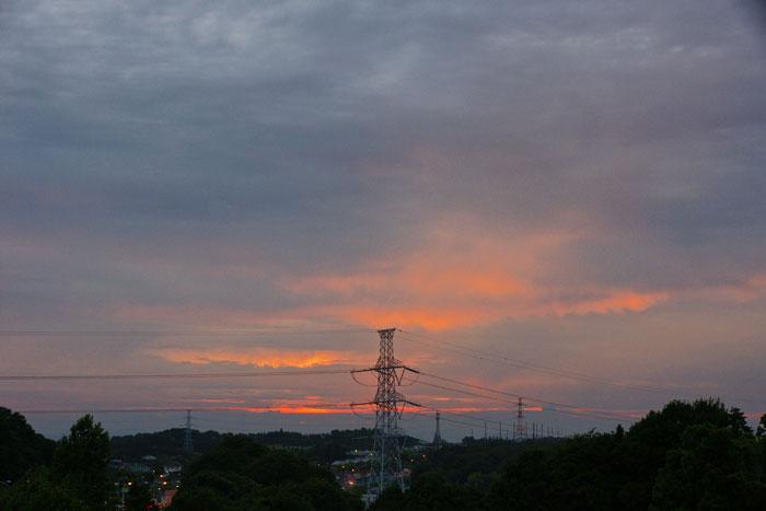 (たぶん)梅雨明けの夕_e0077521_22263496.jpg
