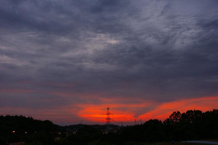 (たぶん)梅雨明けの夕_e0077521_22285369.jpg