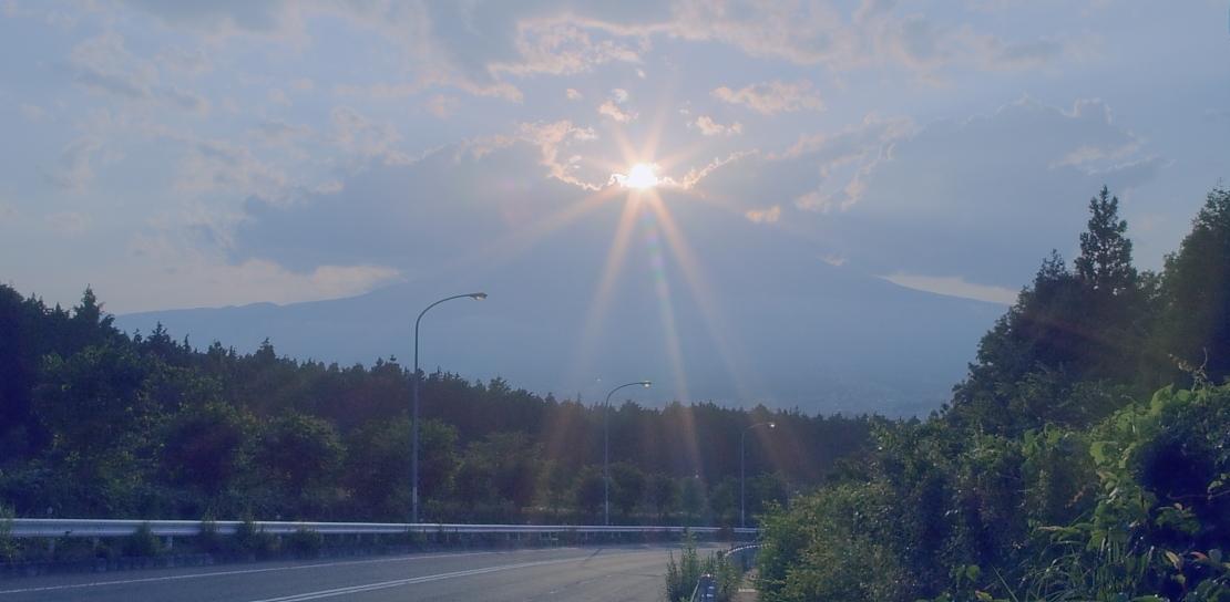 ダイヤモンド富士・御殿場市        写真を入れ替えました_a0150260_22151015.jpg