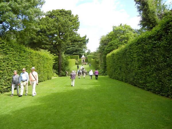 7月7日(木)イギリス旅行④コッツウォルズ散策とヒドコットガーデンへ_f0060461_825593.jpg