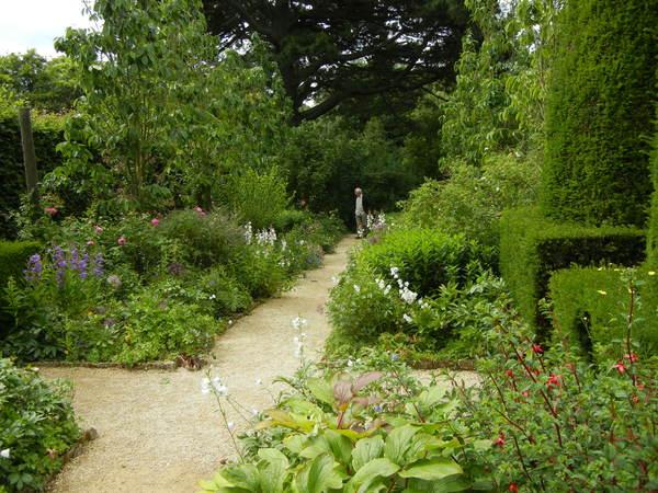 7月7日(木)イギリス旅行④コッツウォルズ散策とヒドコットガーデンへ_f0060461_827734.jpg