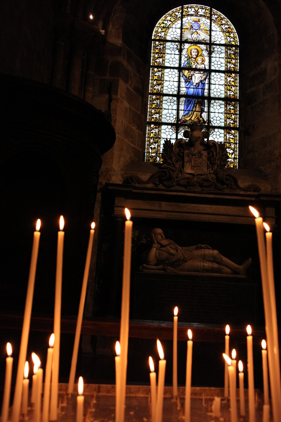 沈黙と祈りの教会_e0222766_20571634.jpg