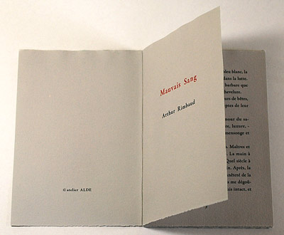 製本講座「一折の本の製本」_a0125575_23204511.jpg