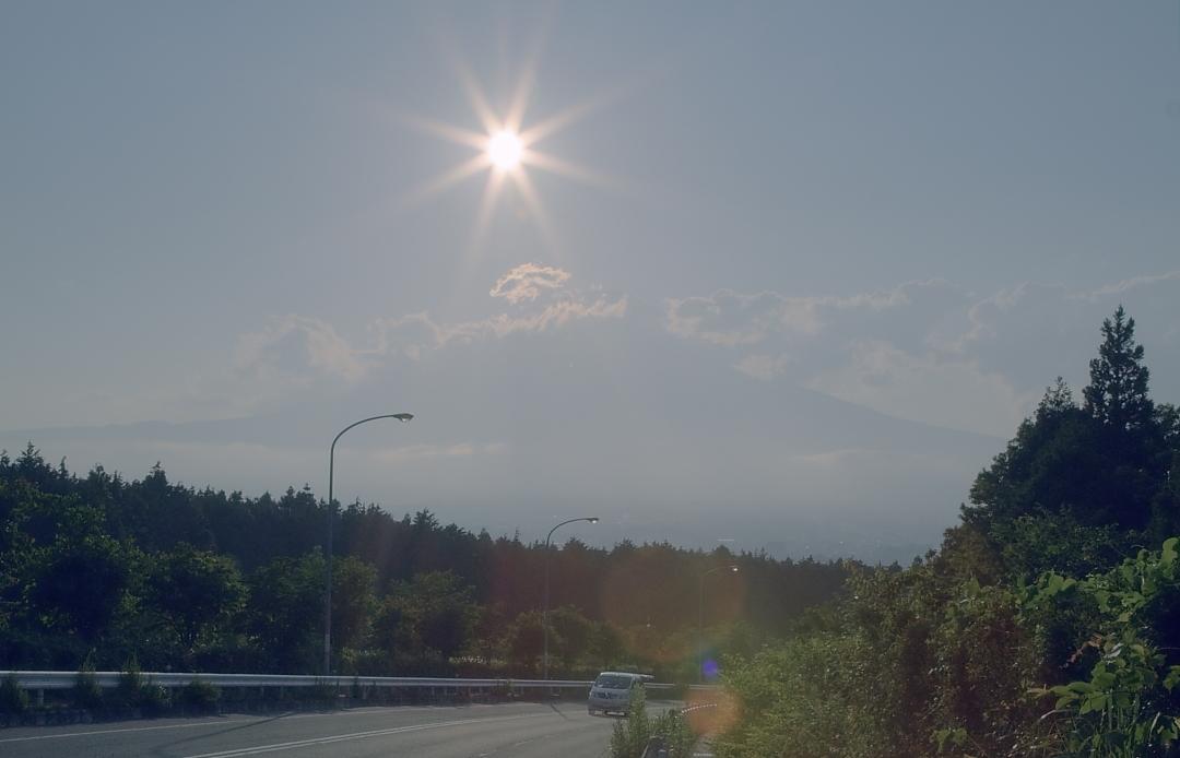 ダイヤモンド富士・御殿場市        写真を入れ替えました_a0150260_824391.jpg