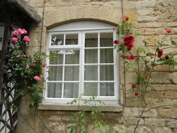 7月9日(土)イギリス旅行④ウィンチクム村~シェイクスピアの生家へ_f0060461_21555350.jpg