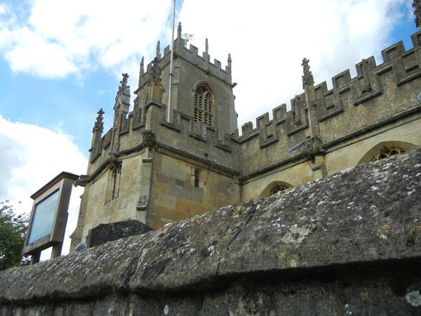 7月9日(土)イギリス旅行④ウィンチクム村~シェイクスピアの生家へ_f0060461_2158197.jpg