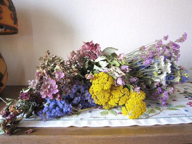 122. 紫陽花のアレンジメント_e0233674_13371392.jpg