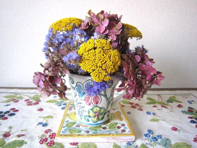 122. 紫陽花のアレンジメント_e0233674_13392929.jpg