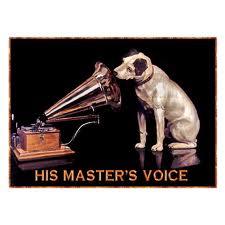 """本家UKのHMVは健在。しかも、あの【愛犬ニッパー】もちゃんといます(^-^)v """" His Master\'s Voice""""_b0032617_23573283.jpg"""