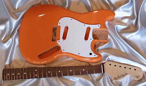 「Orange色のPsychelone」の塗装が完了〜しましたッ!_e0053731_19223689.jpg