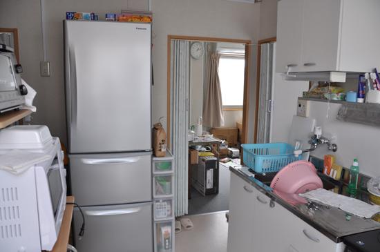 狭すぎる仮設住宅~3.11から4ヵ月_e0171573_22254872.jpg