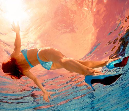 Jill Greenbergさんの夏にピッタリな写真展 Glass Ceiling_b0007805_8181265.jpg