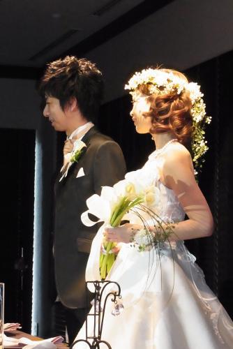 2011.7.11 実がいっぱいの白い花冠とリストレットと 花嫁さま_b0120777_2234311.jpg