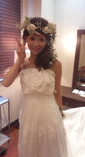 2011.7.11 実がいっぱいの白い花冠とリストレットと 花嫁さま_b0120777_22353187.jpg