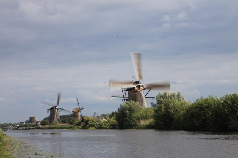 キンデルダイクの風車が回る日_c0187779_3265598.jpg