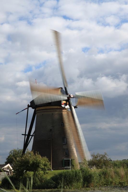 キンデルダイクの風車が回る日_c0187779_330527.jpg