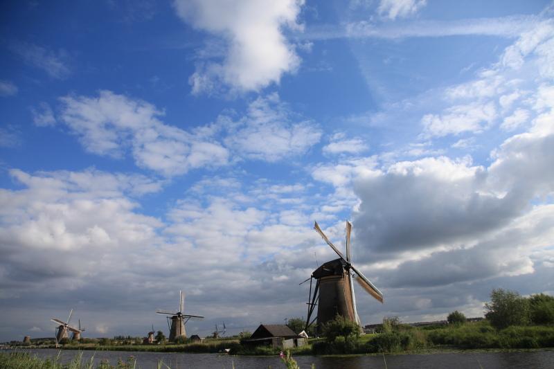 キンデルダイクの風車が回る日_c0187779_332018.jpg