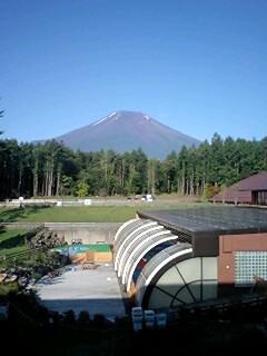 朝から富士山_c0196992_6482613.jpg
