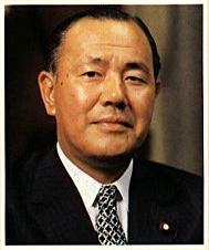 古歩道ベンジャミン、日本のタブーを語る!:戦後の総理で日本人は田中と小渕のみ!_e0171614_10511595.jpg