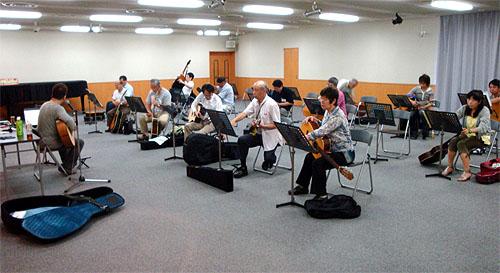 南澤先生の千葉での「ソロ・ギター講座」と「ある計画」_c0137404_2254129.jpg