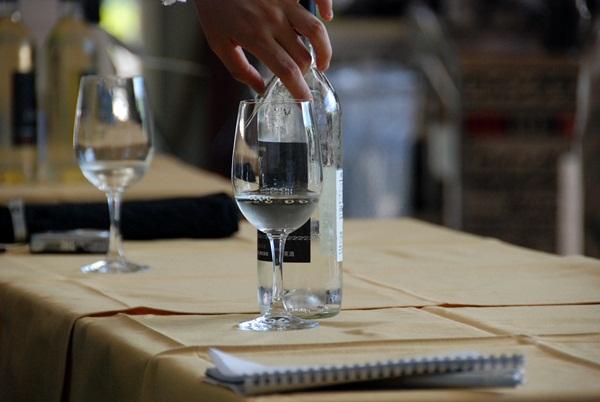 【1】ワインツーリズム大阪2011、行ってきました!~飛鳥ワイン~_b0206537_19594172.jpg