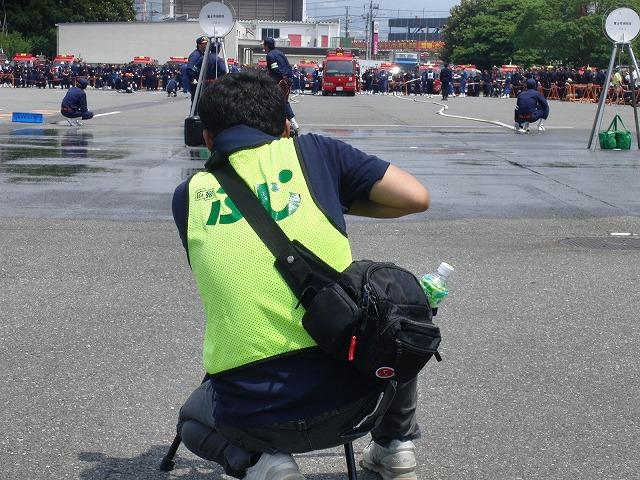 暑い中での消防団の富士地区大会_f0141310_7205929.jpg