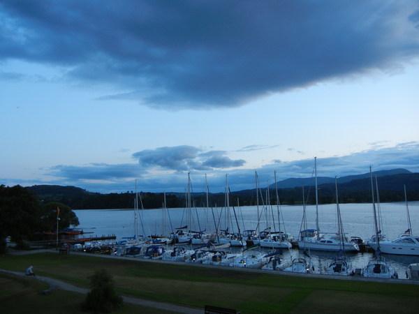 7月14日(木)イギリス旅行⑦チェスタ~ハワーズ~湖水地方_f0060461_160343.jpg