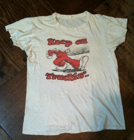 7/16(土)入荷商品!70'S ビンテージ KEEP ON TRUCKN' Tシャツ_c0144020_140276.jpg