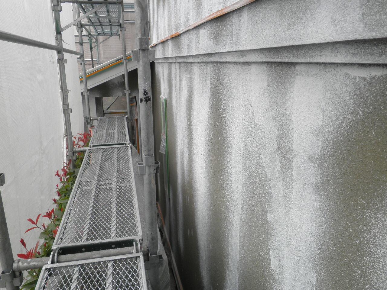 戸建塗装工事9_e0164638_18133350.jpg