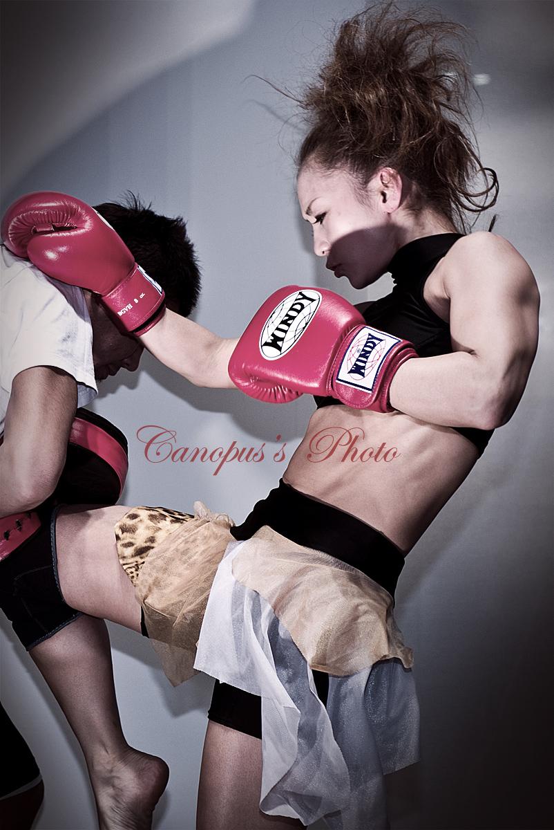 強い女性_e0196140_8592875.jpg