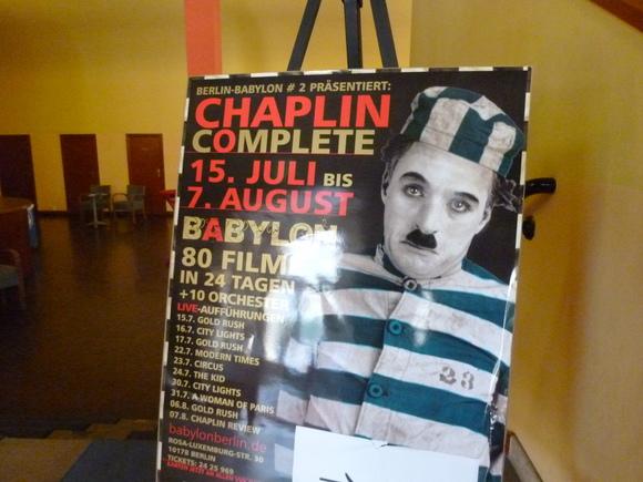 ChaplinComplete in Babylon@berlin_c0180686_012899.jpg