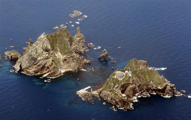 韓国が竹島実効支配で強硬路線を...