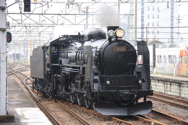 原子力機関車を想像したSLの復活番組_c0025115_2335405.jpg