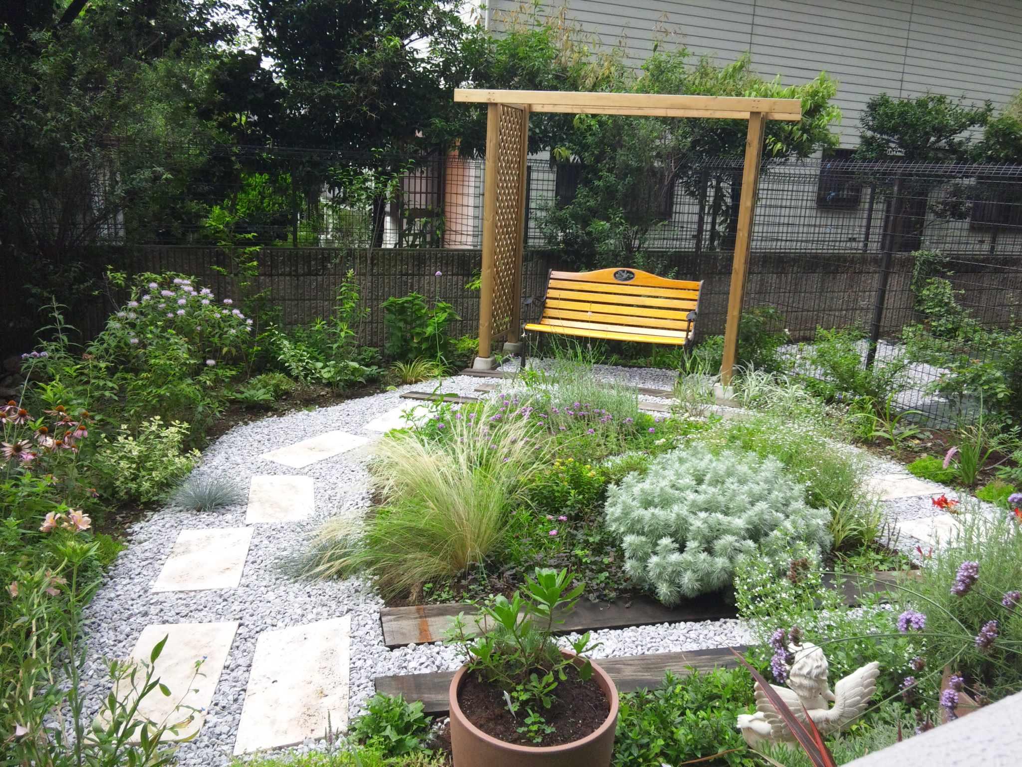 夏の庭~満月の日~_d0085018_22551694.jpg