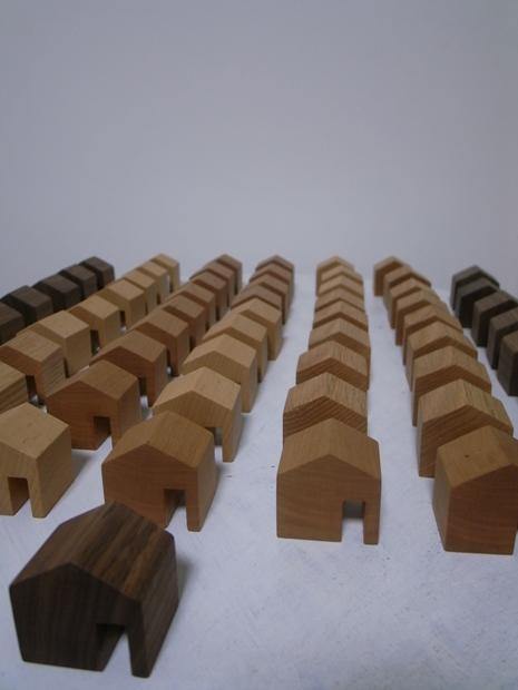 家型の積み木_f0176239_20532040.jpg
