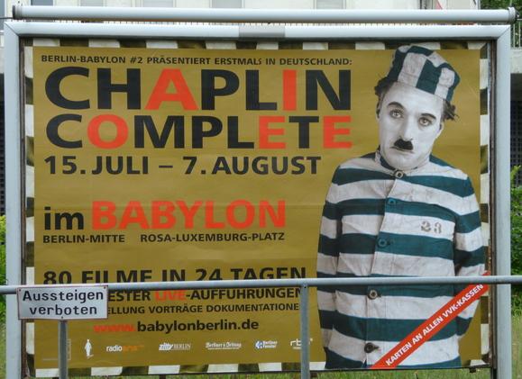 ChaplinComplete in Babylon@berlin_c0180686_0161958.jpg