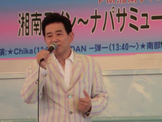 今日は「夢舞」ライブです。_e0119092_10491366.jpg
