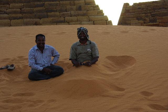 メロエ遺跡のピラミッド群(3) ブラック・ファラオの風、北ピラミッド群_c0011649_124065.jpg