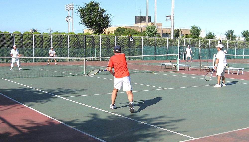 猛暑の中、テニスをエンジョイ_b0114798_21502026.jpg