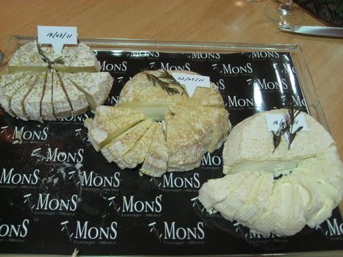 チーズで夕食!_f0007061_2154932.jpg