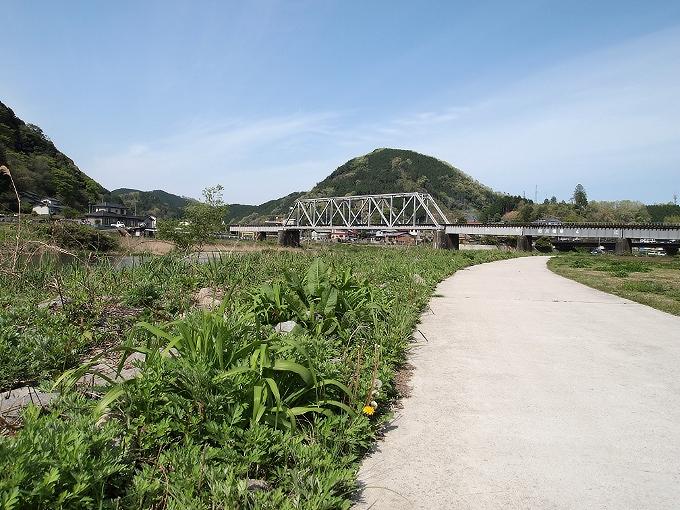 姫新線旭川橋梁_f0116479_14174498.jpg