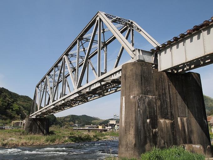 姫新線旭川橋梁_f0116479_1419688.jpg