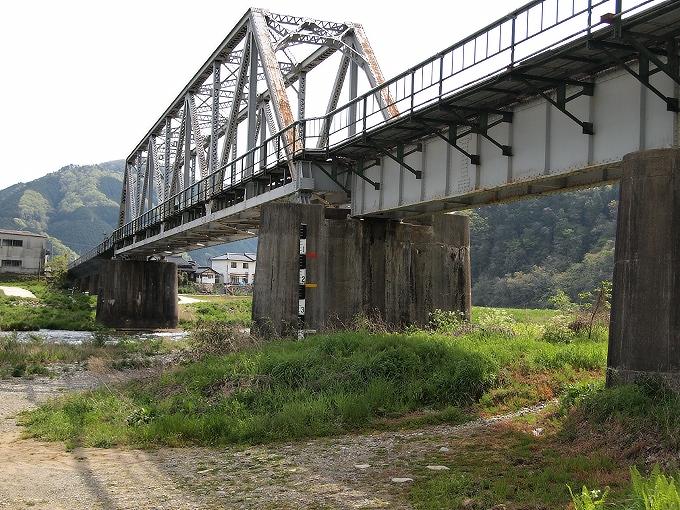 姫新線旭川橋梁_f0116479_1714577.jpg