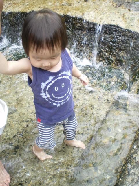 涼を求めて川遊び_e0128024_134357.jpg