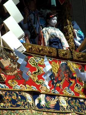 祇園祭 山鉾巡行・注連縄切り_a0111125_16192611.jpg