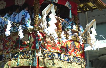 祇園祭 山鉾巡行・注連縄切り_a0111125_16194028.jpg