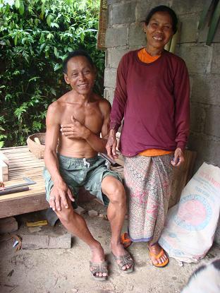 村の遊び人は、はたおり道具作りの名人_a0120328_22175026.jpg