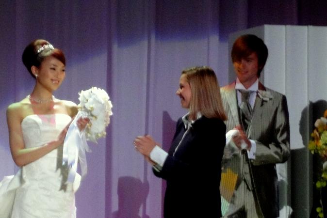 カトリーヌ・ミュレーの世界 ~ブライダルファッションショー~_d0145934_14541212.jpg