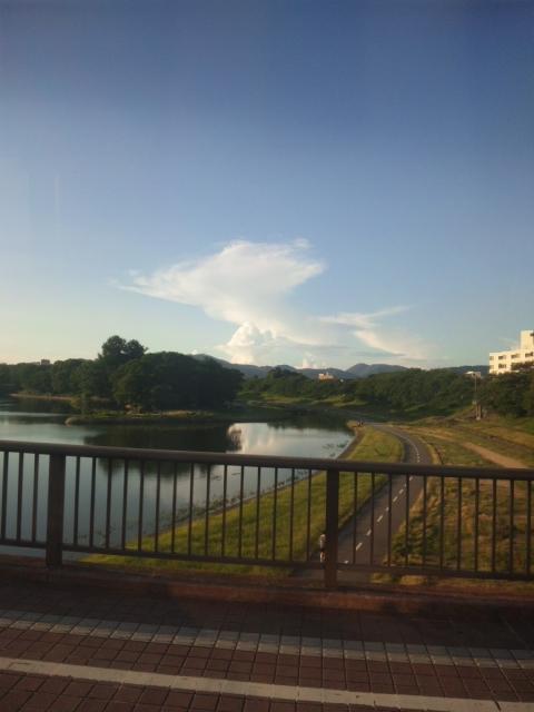 夏の雲_e0163046_2132871.jpg