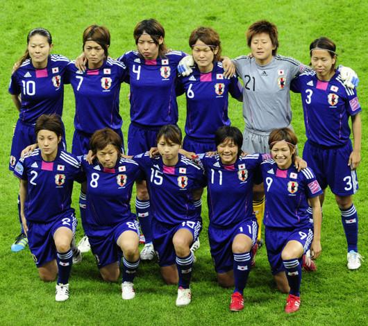 代表選手に会いに行こうってことで、米国女子サッカーのチケットが前売りで完売に!!!_b0007805_22473171.jpg